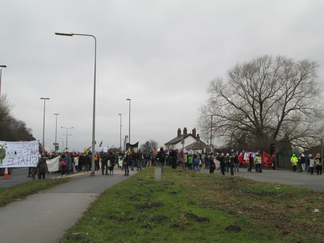 The rally outside the igas site